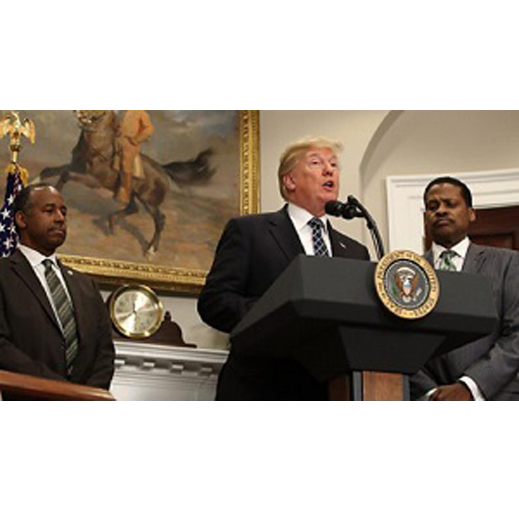 የአፍሪካ ህብረት ትራምፕ የአፍሪካ አገራትን ለገለፁበት ዘረኛና ፀያፍ አነጋገር ይቅርታ እንዲጠይቁ ይፈልጋል - Donald Trump Must Apologise for