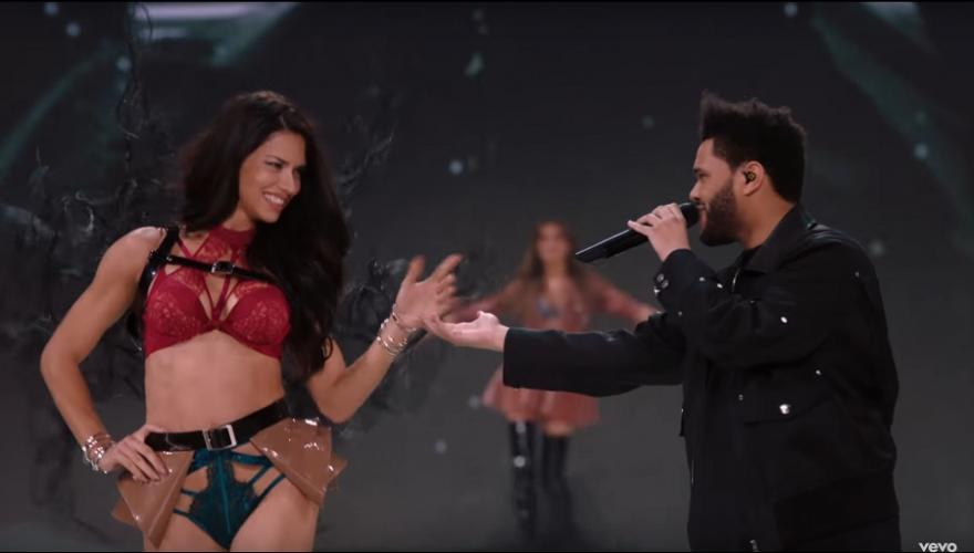 "Abel Tesfaye Performing ""Starboy"" (Live From The Victoria's Secret Fashion Show 2016 in Paris)"