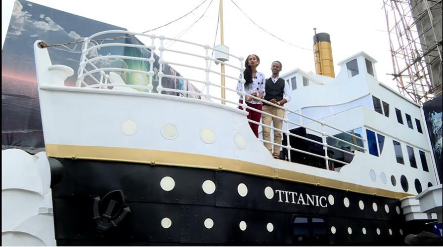 "ENN: ""Titanic Lounge"" in Addis Ababa - አዲስ ኣበባ ውስጥ ""ታይታኒክ ላውንጅ"" የሚባል በመርከብ ቅርጽ የተሰራ መዝናኛ ቤት ተከፈተ"